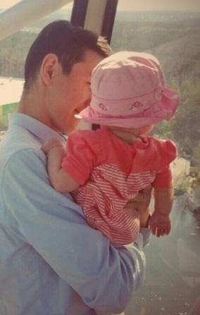 Нурлан Сабуров с дочкой