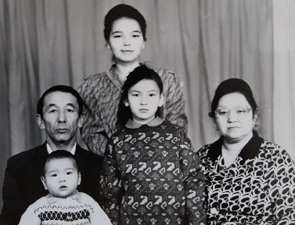 Нурлан сабуров семья