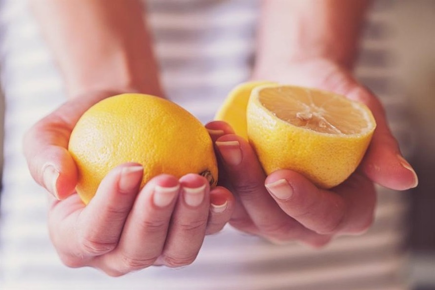 Cлоятся ногти: что делать в домашних условиях