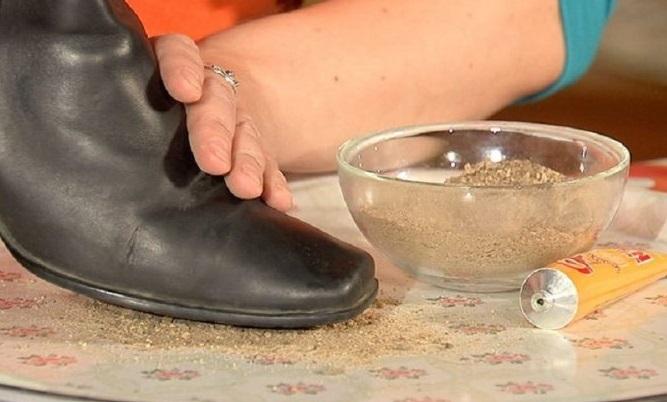 клей и песок против скольжения обуви