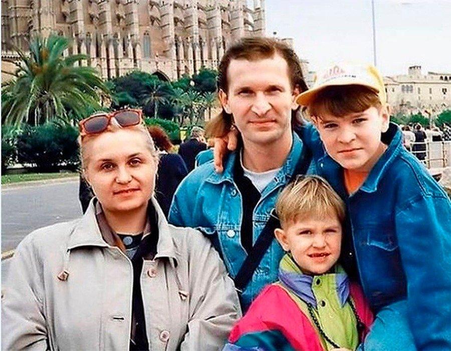 Семья Добронравовых