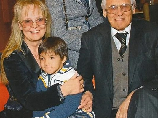 Наталья Белохвостикова с мужем и сыном