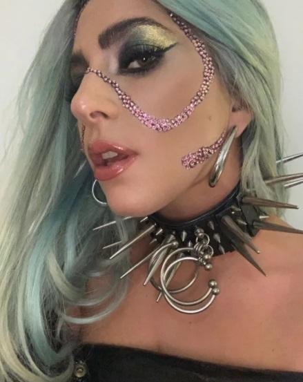 Как выглядит Леди Гага без макияжа