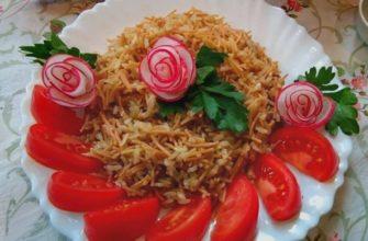Жареный рис с вермишелью