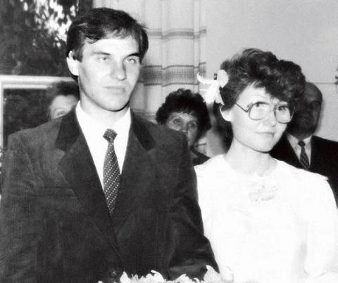 Елена Малышева с мужем в молодости