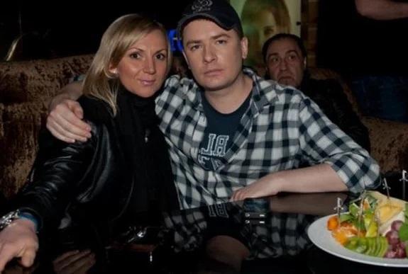 Андрей Данилко с девушкой