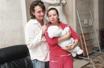 Алиса Гребенщикова с мужем и сыном