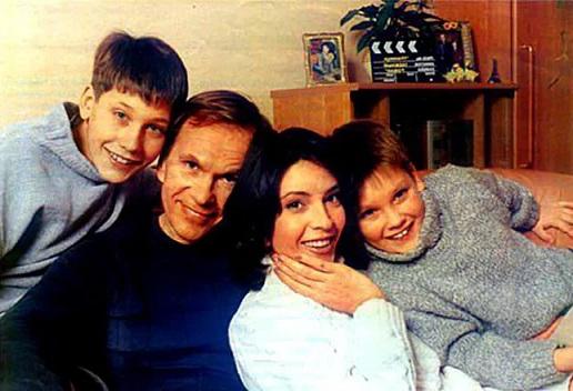 Алексей Гуськов и Лидия Вележева семья