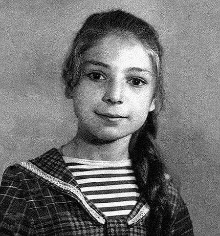 Жанна Агузарова в детстве