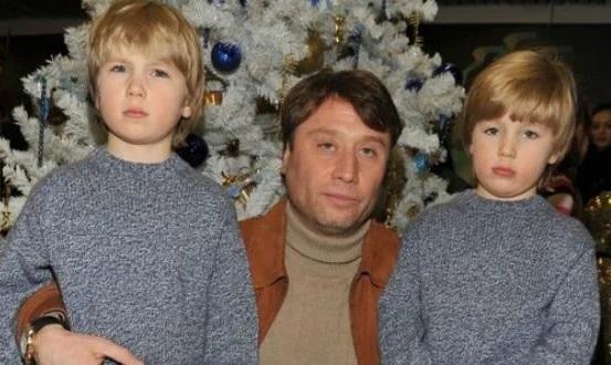 Борис Шукшин с детьми