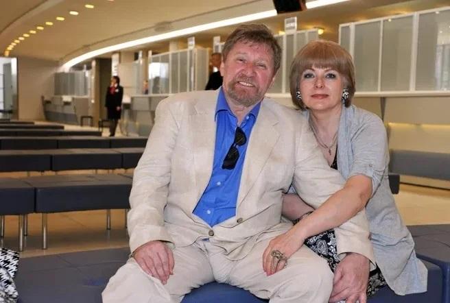 актер Семен Морозов с женой